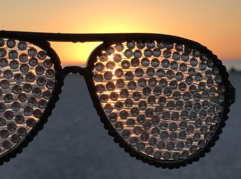 sunset-and-sequined-sunglasses